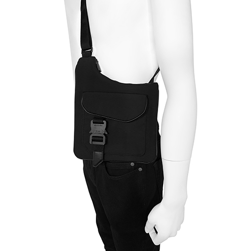 1017 ALYX 9SM_ASYMMETRY POUCH_BLACK