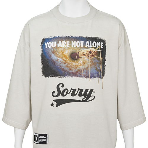 TIGRAN AVETISYAN_CROPPED TEE [ YOU ARE NOT ALONE ]_BEIGE