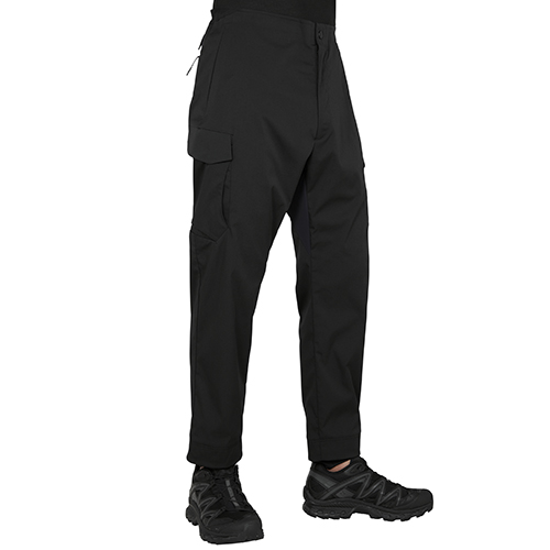 BLK WHITE MOUNTAINEERING SOLOTEX NO STITCHING CARGO PANT BLACK